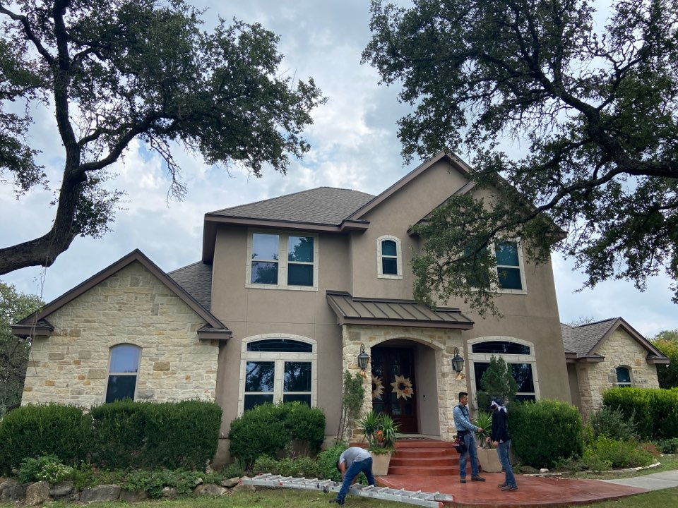 New Braunfels, TX - We installed GAF HDZ Weathered Wood shingles on a two story home in New Braunfels.