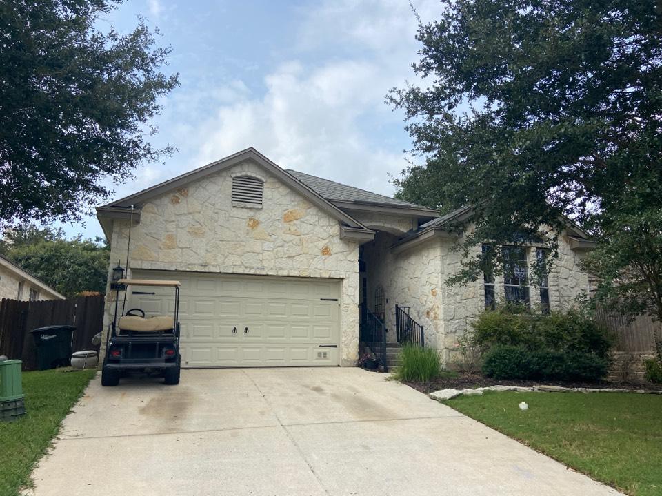 New Braunfels, TX - We installed GAF HDZ Weathered Wood shingles on a single story home in New Braunfels.