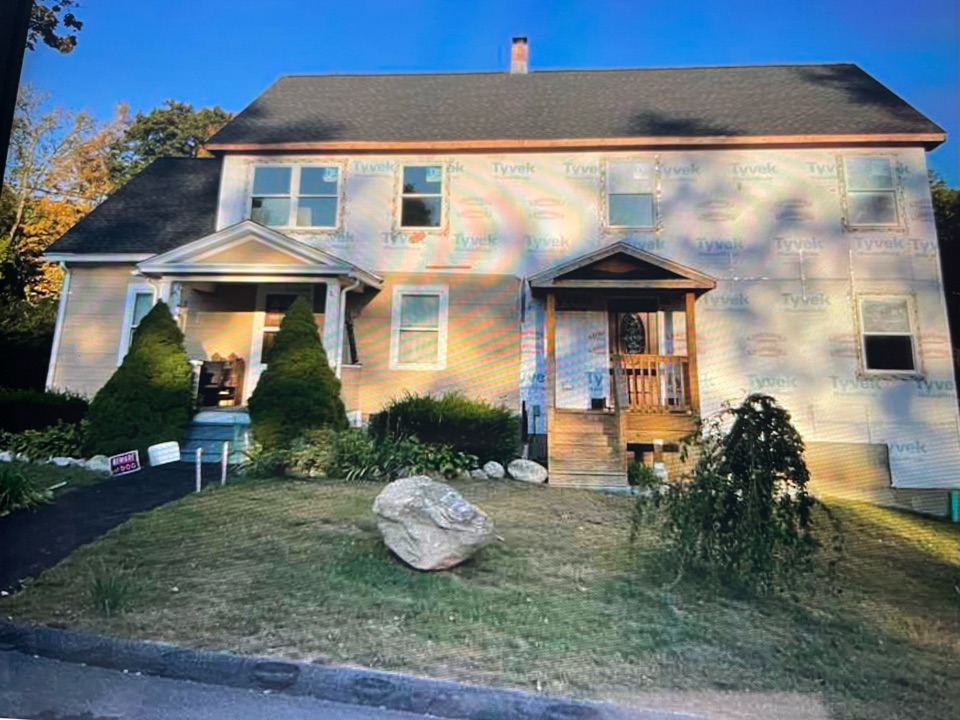 """Getting ready to install Certainteed Cedar Impressions 7"""" perfection shake siding with mitered corners, Driftwood in color. With new seamless gutters"""
