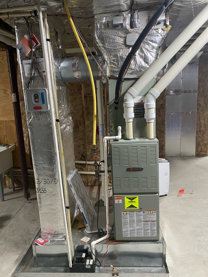 West Chester, PA - Doing spring maintenance on a Trane system to ensure it's ready for the hot summer!