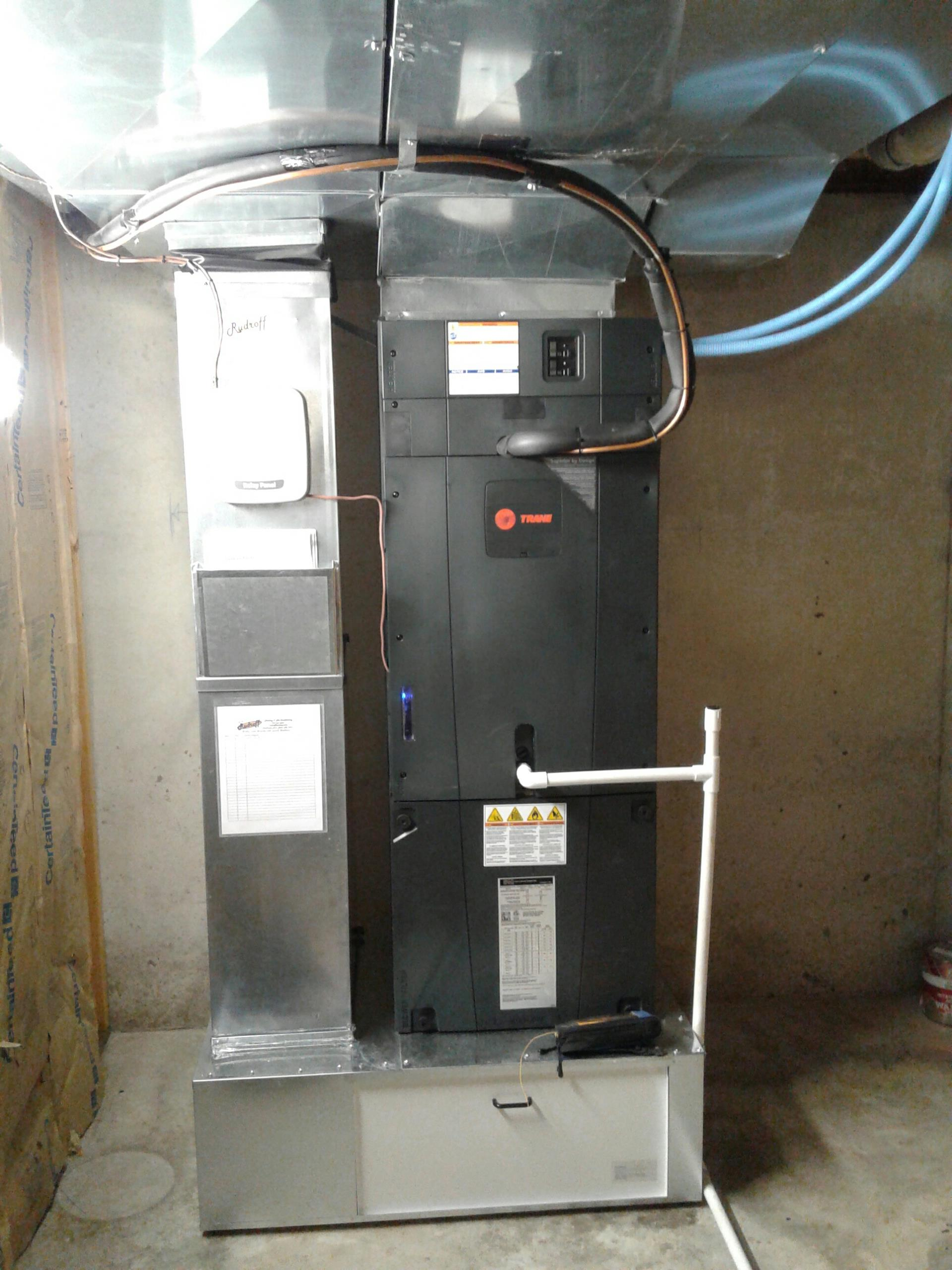 Cleveland, MO - Install heat pump and Tam 7 air handler.
