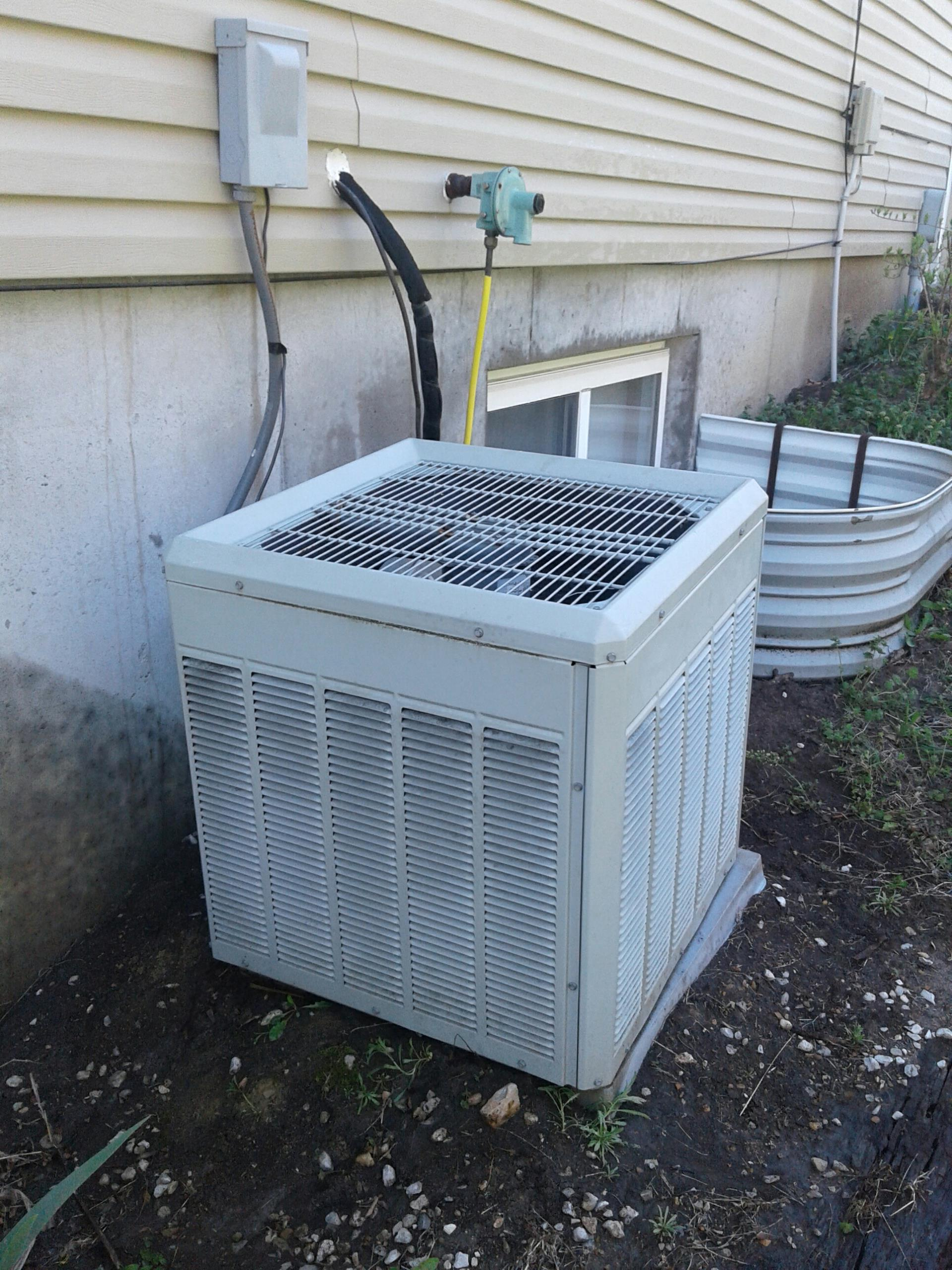 Harrisonville, MO - Revenative Maintenance on trane ac