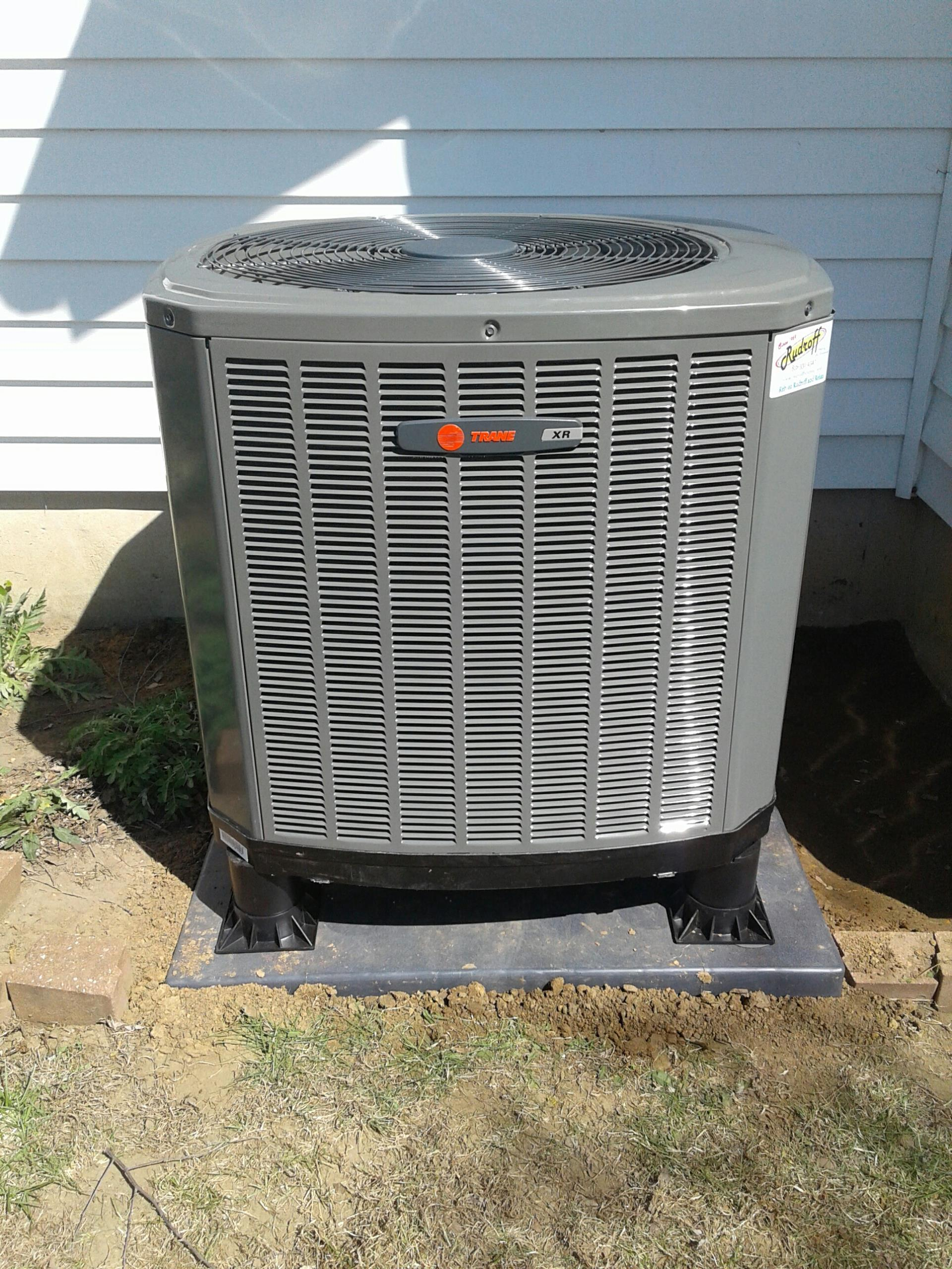 Cleveland, MO - Install installation trane Heat pump xr14 and tem4 Airhandler