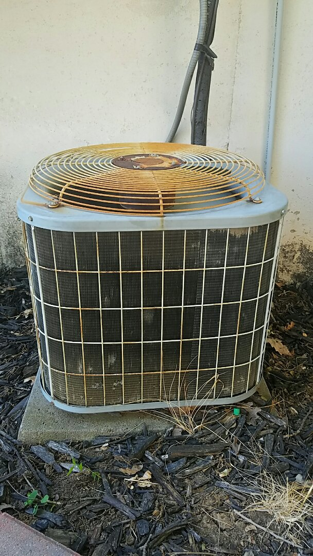 Lees Summit, MO - Repair leak seal r22 carrier ac