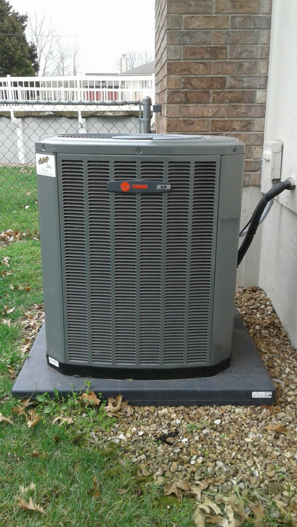 Cleveland, MO - Spring Tune up on trane xr14 ac