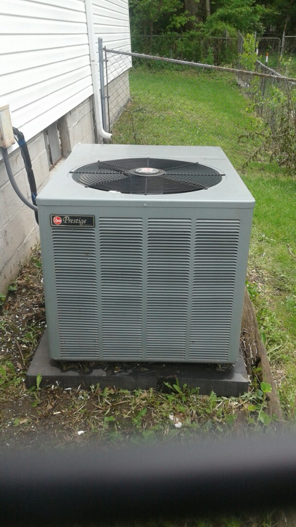 Belton, MO - Spring Tune up preventative maintenence on Rheem ac
