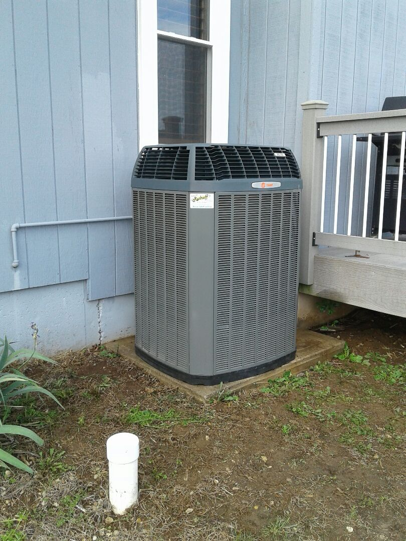 Pleasant Hill, MO - Perform a Comfort Club air conditioning Tune up