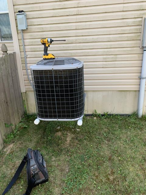 Fairborn, OH - Replaced motor surge capacitor and added 1.5 pounds of refrigerant on ICP air conditioner. System operational at departure.