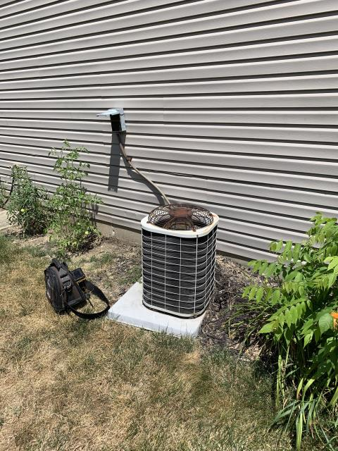 Miamisburg, OH - Found outdoor 1997 Bryant AC unit not running due to the fact the breaker inside the main panel had tripped. Reset breaker and unit running. Also found two large cracks in the heat exchanger. Provided customer with estimate to replace both units.