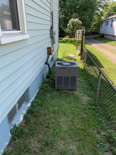 Kettering, OH -  here for a no cool on a 17-year-old Weather King air conditioner. We were just here in May and replaced a capacitor (Josh A) on my arrival today the condenser fan motor has failed. Found the capacitor we installed still reading strong but this motor calls for a 3µF capacitor and has a 5 µF on it currently. I don't think Josh realized this was a 3uf, you could not see the capacitor size on the motor without removing the top of the unit, so I think he mistakenly just put a five on it since that is usually what most standard condenser fans call for. Since this was an honest mistake on his part we will replace the motor at no cost to the customer. Explained this to homeowner and she is OK with this, and was very understanding.