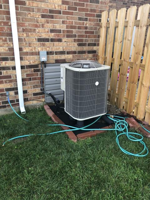 Trotwood, OH - I replaced the Compressor-Motor Surge Capacitor on a 2017 Payne Heat Pump