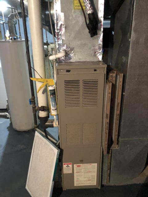 Beavercreek, OH - Upon arrival client stated blower does not come on when the 1997 Goodman system is switched to heat. Found blower wire for heat not connected on board all the way.