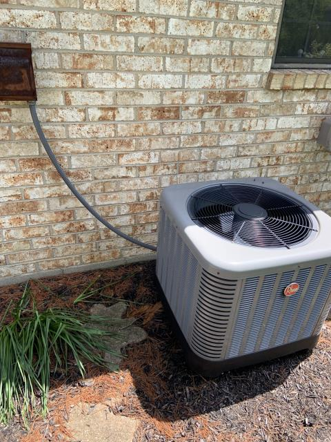 Dayton, OH - I am Replacing the  Motor Surge Capacitor on the 2006 Electric Rheem Furnace