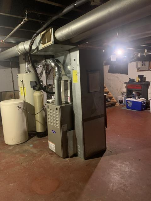 Beavercreek, OH - I am Performing our Five Star Tune-Up & Safety Check on a  2020 Carrier Gas Furnace.  All readings were within manufacturer's specifications, unit operating properly at this time.