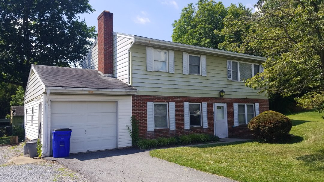 Walkersville, MD - Just helping another customer through the insurance process by checking for wind damage before reporting a property claim at no cost to the homeowner or the insurance!