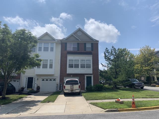 Bowie, MD - Whoa, that was fast! We finished this roof replacement in just 3 hours in Bowie Maryland
