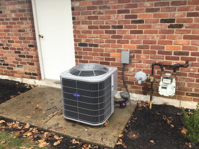 Kettering, OH - Completing a pressure set on a 2020 Carrier 13 Seer 2.5 Ton Air Conditioner. Adjusted pressures, but was only able to get delta T to 15.4 temp difference. Returning to customer's home tomorrow due to current weather conditions.