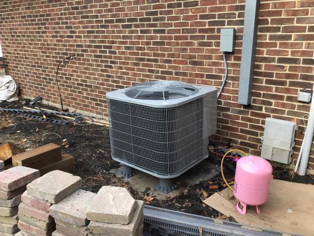 Beavercreek, OH - Completing a diagnostic check on a 2019 Five Star 14 SEER 4 Ton Heat Pump. Customer advised there was a loud noise. Restarted the system and there was no noise. Returning tomorrow to check pressures when weather is better.