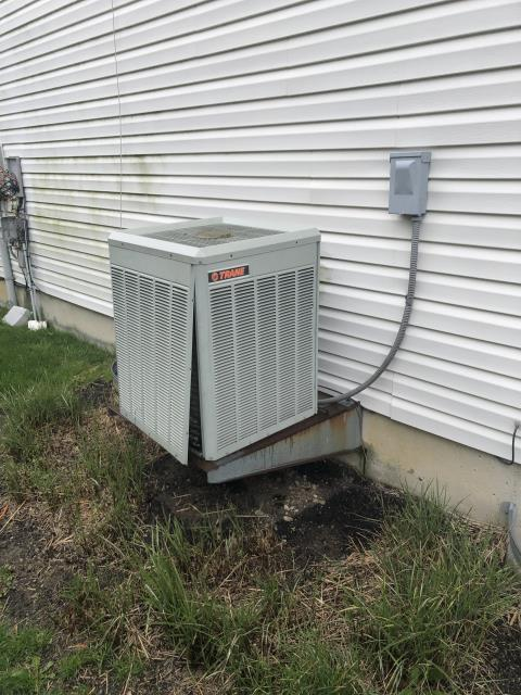 Springboro, OH - Providing a customer with a free, in-home quote for a Five Star 16 SEER 3 Ton Air Conditioner to replace their Trane unit. Customer would like to move forward with the installation.