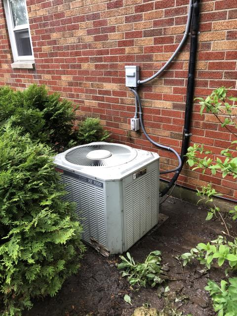 Kettering, OH - Performing a Tune Up & Safety Check on the Customer's Air Conditioner Unit.