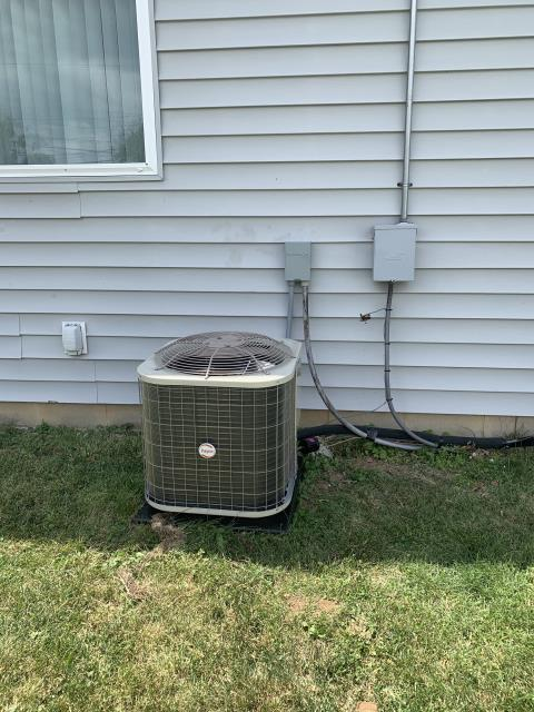 Dayton, OH - Installed our Five Star 13 SEER 2 Ton Air Conditioner.