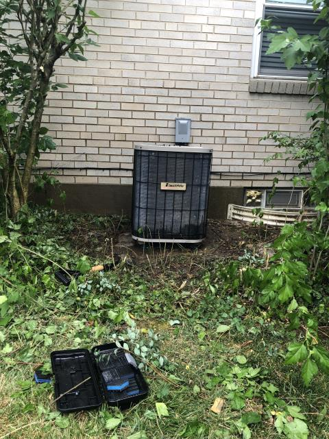 Centerville, OH - Installed a Five Star 95% 60,000 BTU Gas Furnace & Five Star 13 SEER 3 Ton Air Conditioner for a Dayton customer to replace a 2005 Trane furnace and 1997 Janitrol AC (pictured below).