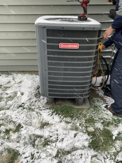 Springboro, OH - Tune-up for electric furnace. Recommend replacing filter. No issues or problems at this time.