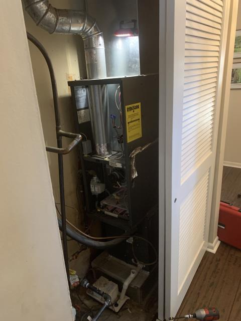 Centerville, OH - While performing a tune up on a Goodman gas furnace, I found the flue pipe had never been secured to the furnace and there was no filter rack. I secured the flue pipe and informed the customer of the filter rack. I finished the tune up and everything was within specs. System is operational upon departure.