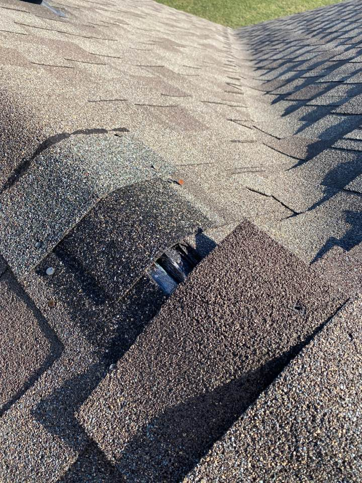 Free Roof inspections in machesney Park from storm damage