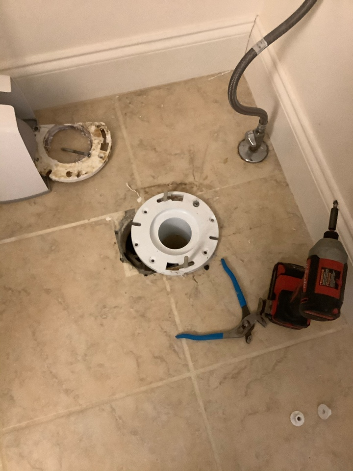 Mableton, GA - Toilet flange replacement