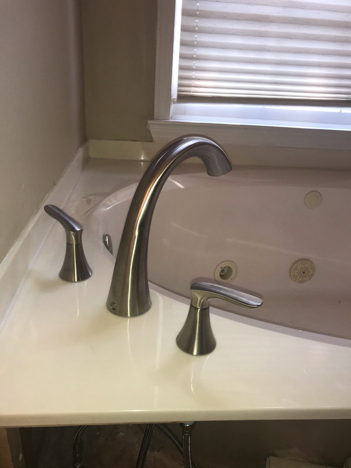 Roman tub faucet was installed