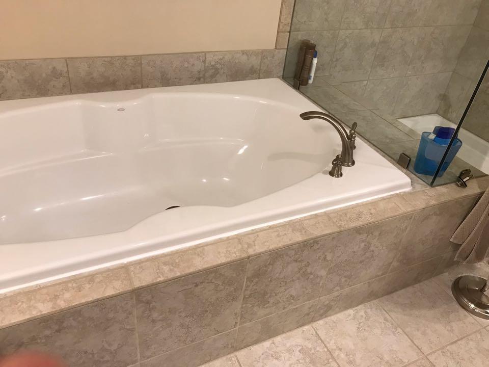 Alpharetta, GA - Seal tub and flush water heater