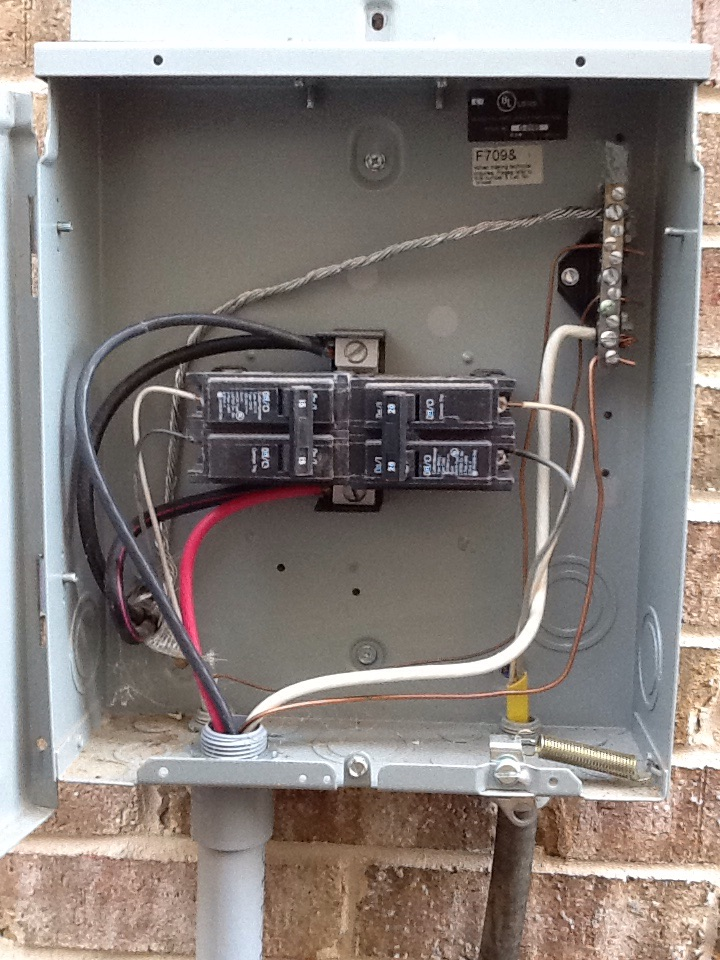 Sugar Hill, GA - Troubleshooting a faulty hot tub circuit in Sugar Hill and quoting repairs.