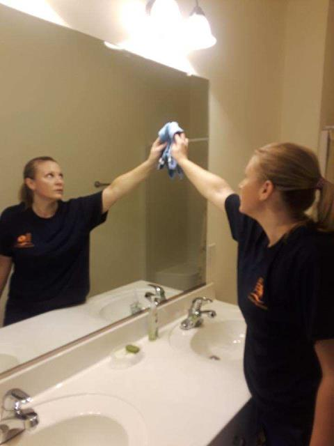 Greensboro, NC - Moving cleaning where we are making sure everything is clean we disinfect everything in the home. We detail clean the bathrooms and kitchen for this residential housecleaning near me.