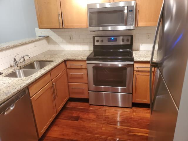 For our move in cleanings, apartment turnover cleanings, and our airbnb, vrbo cleanings, we have a detail cleaning that consists of everything to make your move or stay easier.   We clean and disinfect everything inside the cabinets and major appliances.  We make your moving in cleaning, or moving out cleaning much easier.