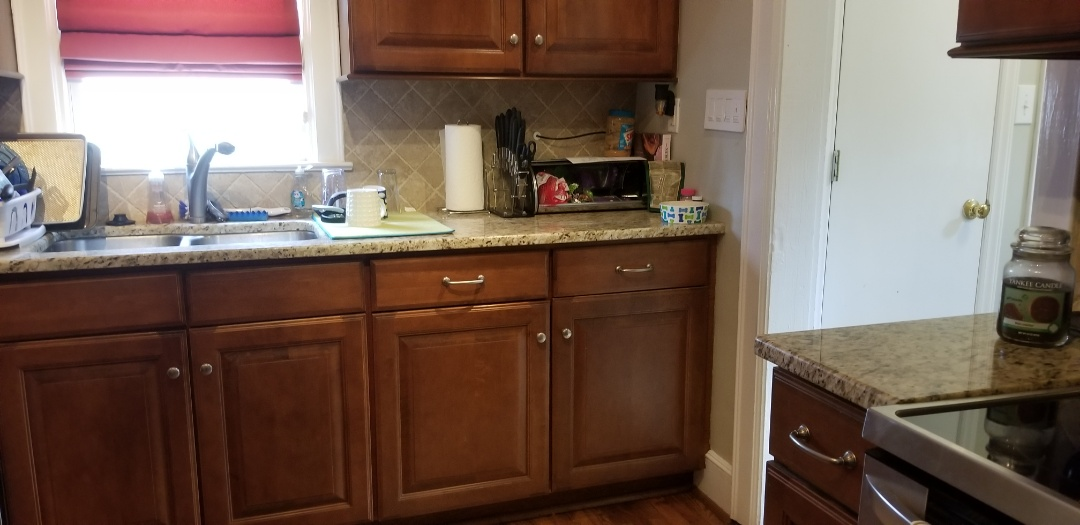 Greensboro, NC - Just finished a cleaning for one of my best clients. I love to clean for her she is amazing. I love my job and all my clients. Just finished a cleaning in the Greensboro area. Sparkling clean kitchen. Client loves it.