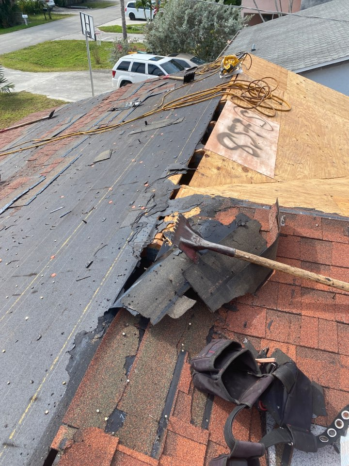 Naples, FL - Replacing a roof today!!!! Tear off in progress.