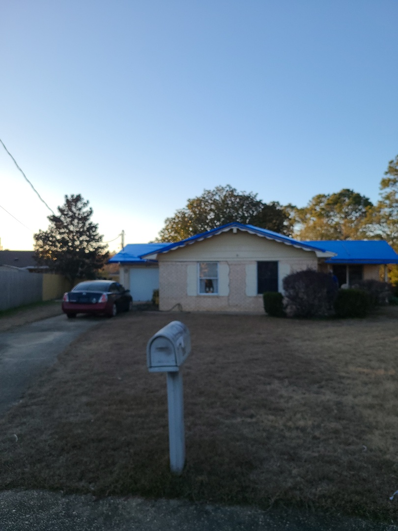 Pensacola, FL - Helping a customer with roof damage due to hurricane Sally