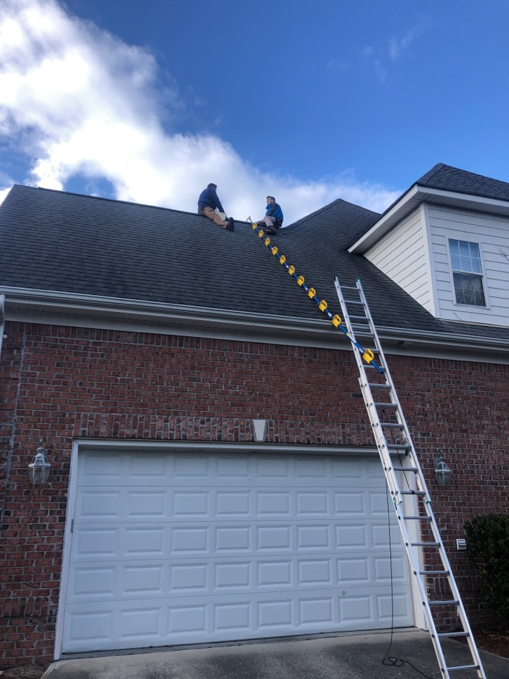 Wilmington, NC - Working with the adjuster to get the roof bought