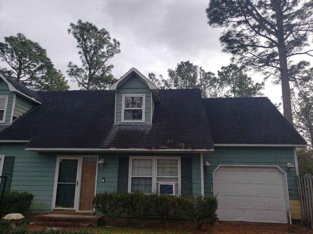 Wilmington, NC - Giving an estimate for a new roof!
