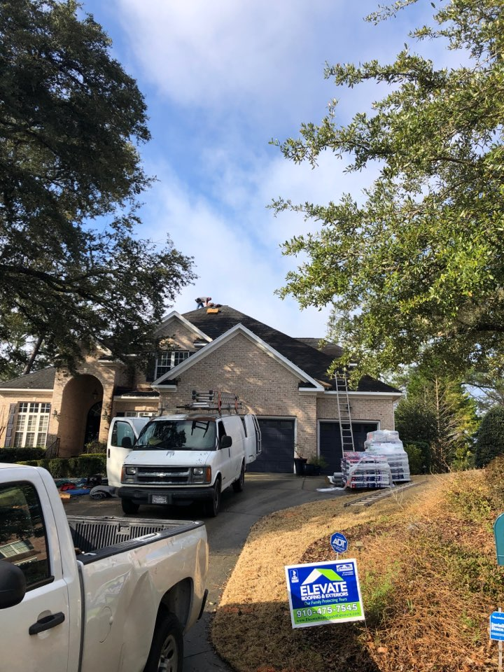 Wilmington, NC - Installing a brand new roof paid by insurance