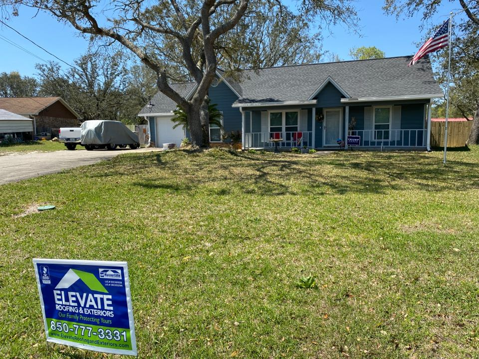 Pensacola, FL - Another completed Elevate Roofing Silver Pledge GAF HDZ Charcoal roof system!