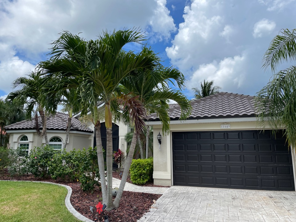 Cape Coral, FL - Finished tile roof By Elevate!!!