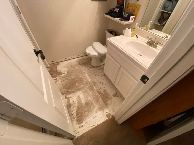 Dallas, TX - Finished the water damage drying at this home in Dallas, Texas.