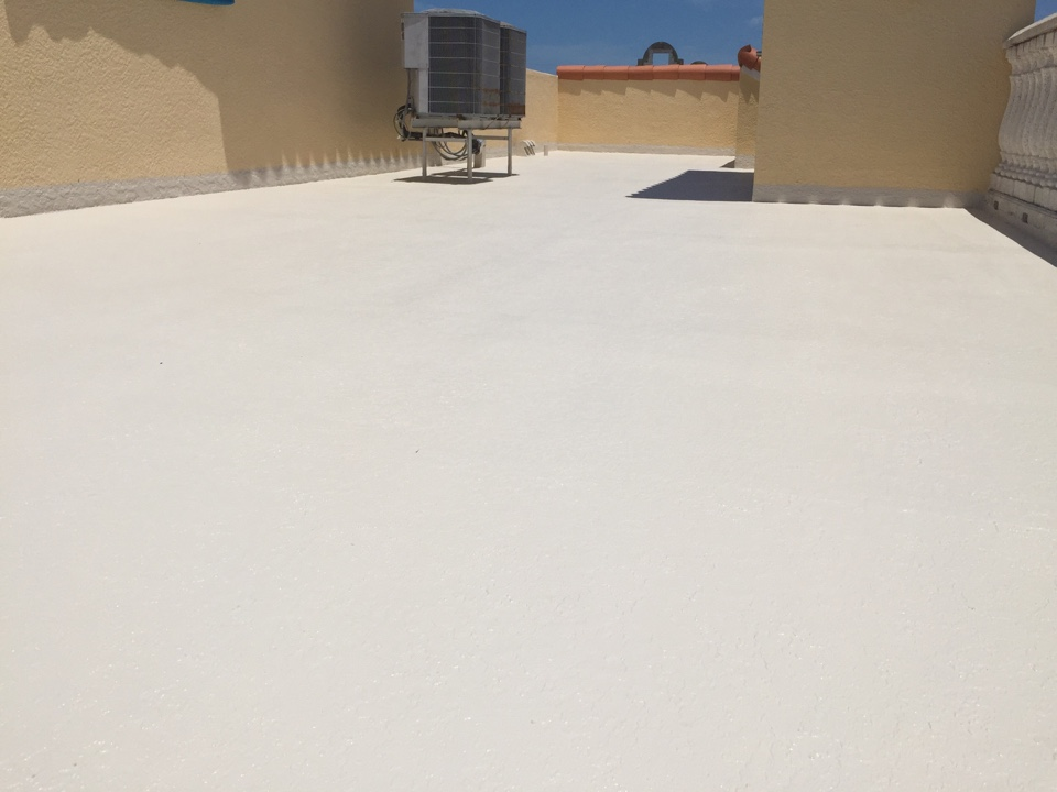 Clearwater, FL - Arry's Roofing just finished this Hydro Stop low slope roof system installation in Clearwater Beach.