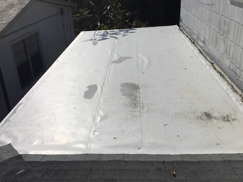 Tarpon Springs, FL - This is a GAF Everguard TPO flat roof that was installed by Arry's Roofing.