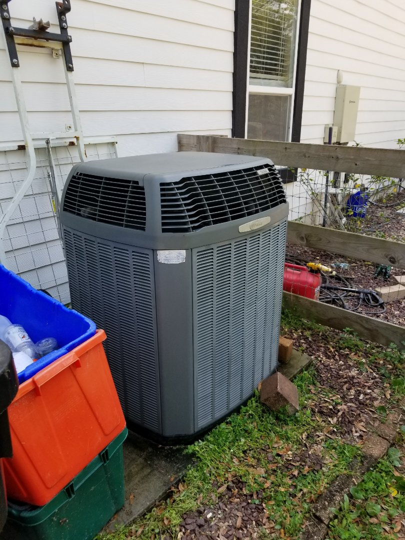 High Springs, FL - Did maintenance on 13yr old trane system