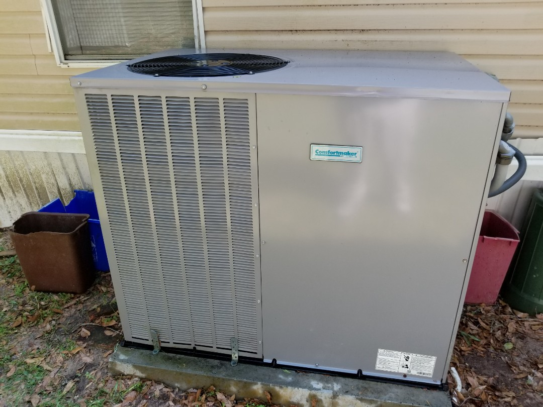 Gainesville, FL - Did maintenance on 3yr old comfort maker package unit