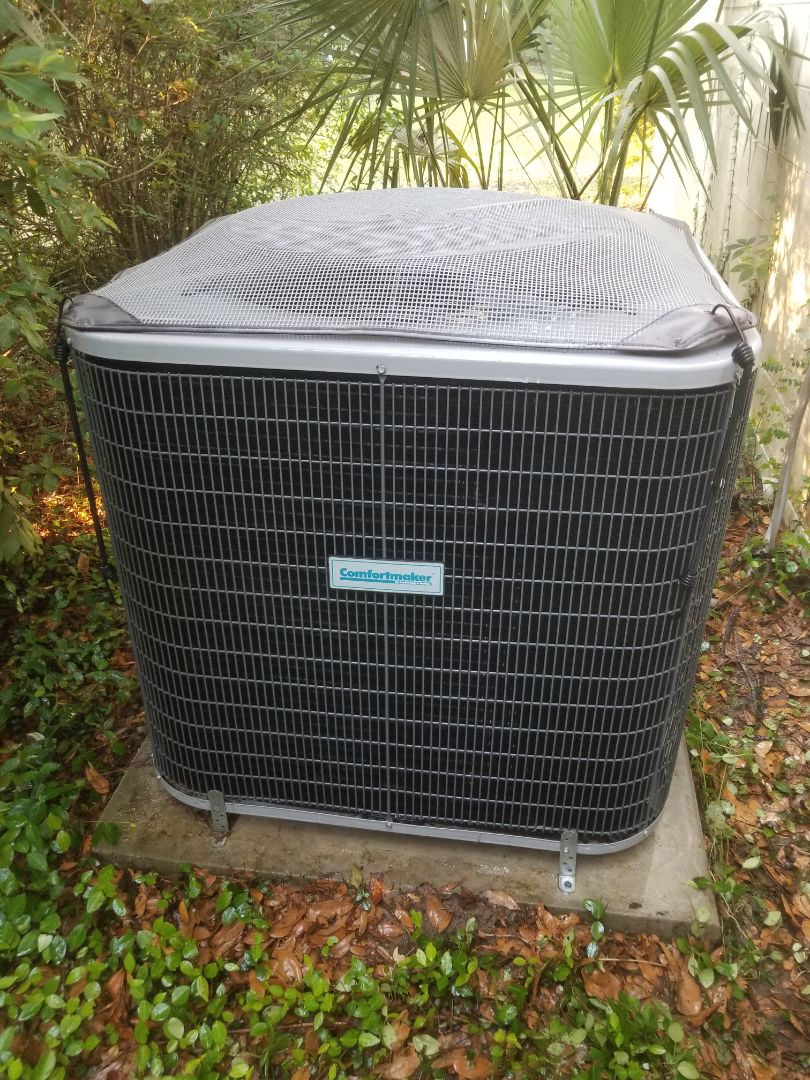 Alachua, FL - Did maintenance on three-year-old comfort maker system