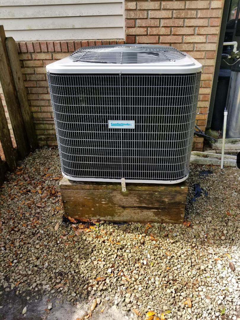 Williston, FL - Did maintenance on 4yr old comfort maker system